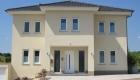 Haus mediterran Haustür weiß